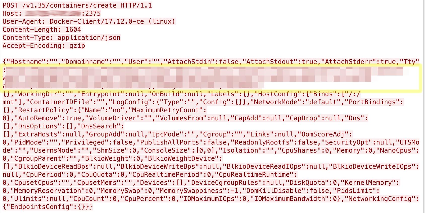 露出した Docker API を介してコンテナを作成するパケット